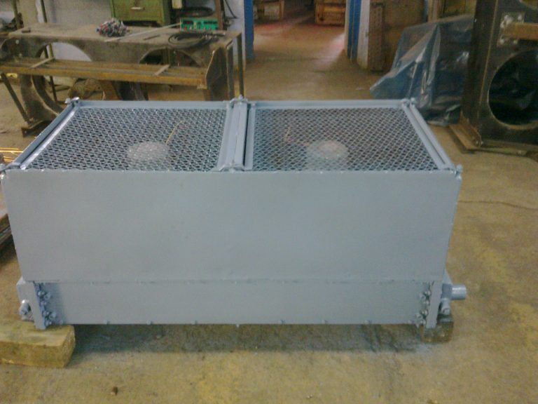 air blast oil type heat exchanger